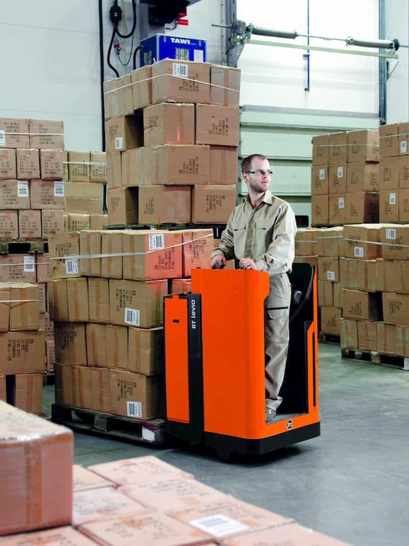 Fahrerstandstapler © Toyota, stock.adobe.com