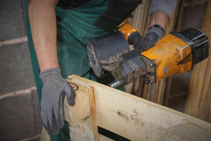 Professionelle Aufarbeitung und Reparatur der Europaletten © European Pallet Association e.V.
