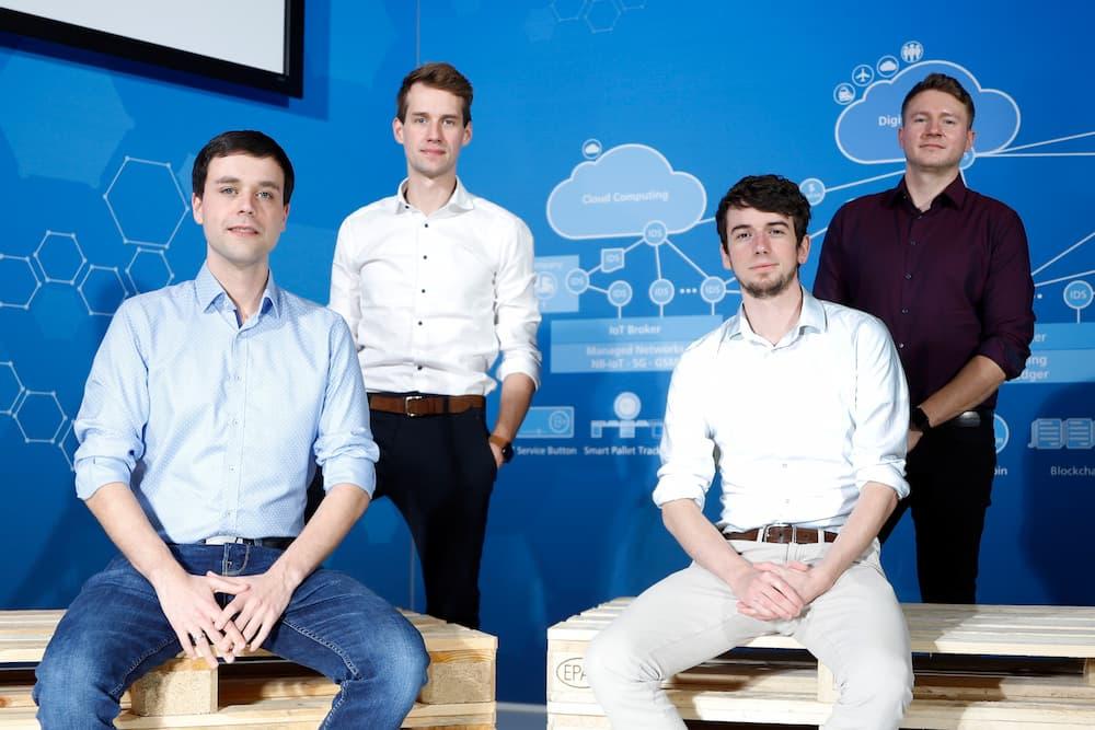 Die ersten Gründer im Umfeld der Silicon Economy: Jan Möller, Philipp Wrycza, Patrik Elfert und Michael Koscharnyj (von links). © Fraunhofer IML