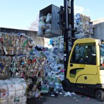 Stapler in der Recyclingindustrie © Hyster