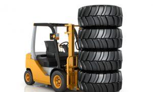 Stapler in der Reifenbranche
