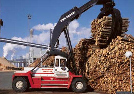 Gabelstapler für die Holzindustrie © SVETRUCK Deutschland GmbH